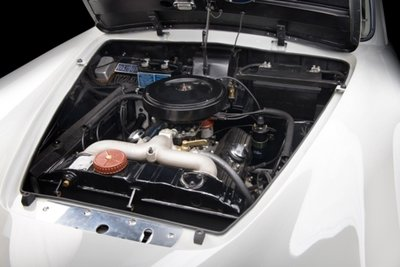 Xế cổ Lancia Aurelia B20 GT đẹp long lanh sau quá trình tái tạo tại Anh a8