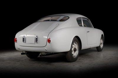 Xế cổ Lancia Aurelia B20 GT đẹp long lanh sau quá trình tái tạo tại Anh a7