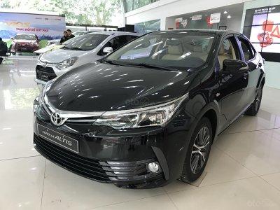 Toyota Corolla Altis cũng nằm trong danh sách ưu đãi của đại lý