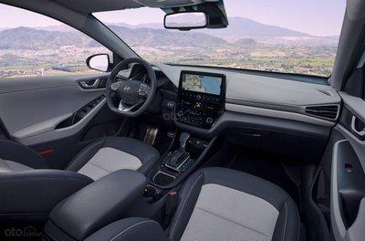 Hyundai Ioniq 2020 tích hợp công nghệ hiện đại