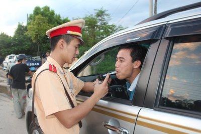 Mức phạt xử lý tài xế say rượu lái xe ở Việt Nam