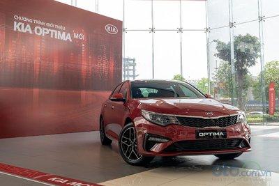 Hai bản Kia Optima 2019 tại Việt Nam khác gì nhau? q8
