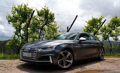 Top 10 mẫu Coupe AWD tốt nhất - Audi A5 giữ vững phong độ