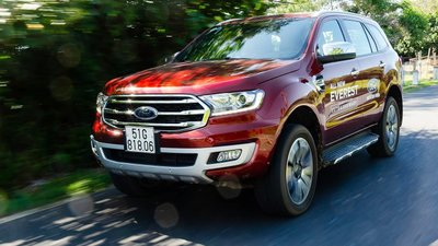 Giá xe Ford Everest mới nhất - Ảnh 2.