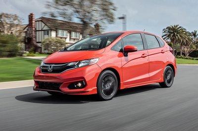 Honda Fit 2019 màu đỏ