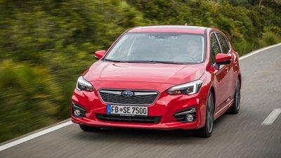 Subaru Impreza 2019 màu đỏ