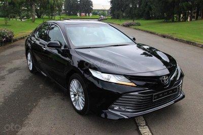 Giá xe Toyota Camry trong khoảng 1.029 - 1.235 tỷ đồng