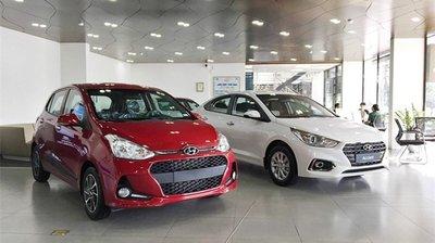 Hyundai Accent và Grand i10 hiện đang bán ra tại Việt Nam...