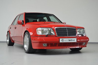 Soi Mercedes E60 AMG 500E 1995 cực hiếm có giá 396 triệu đồng a1