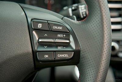 Ảnh chi tiết Hyundai Elantra Sport 2019 a20