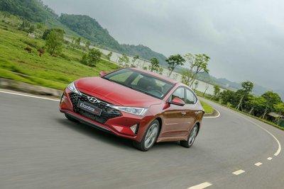 Ảnh chi tiết Hyundai Elantra Sport 2019 a1