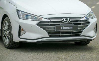 Đầu xe Hyundai Elantra 2019...