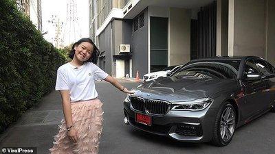Vlogger 12 tuổi sắm BMW 7-Series giá 4,5 tỷ đồng a2.