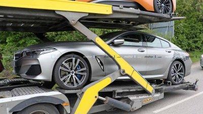 Tóm gọn BMW 8 Series Gran Coupe trên đường với diện mạo nổi bần bật a1