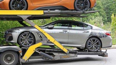 Tóm gọn BMW 8 Series Gran Coupe trên đường với diện mạo nổi bần bật a9
