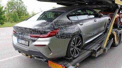 Tóm gọn BMW 8 Series Gran Coupe trên đường với diện mạo nổi bần bật a7