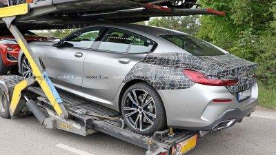 Tóm gọn BMW 8 Series Gran Coupe trên đường với diện mạo nổi bần bật a4