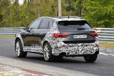 Audi RS Q3 2019 xuất hiện trên đường thử: Đậm chất thể thao, nhiều tính năng vượt trội a3