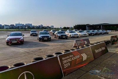 Học viện lái xe an toàn Mercedes-Benz 2019.