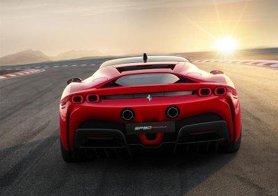 Khám phá siêu xe Ferrari SF90 Stradale: Sức hấp dẫn không nằm ở con số 1000 mã lực! a2