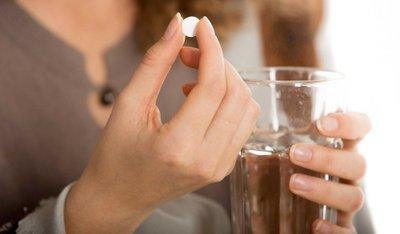 Cố gắng để uống thuốc chống say xe là phương pháp cuối cùng.