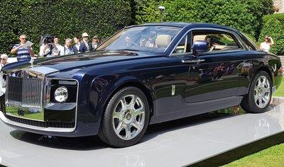Rolls-Royce Sweptail có giá bán gần 300 tỷ đồng.