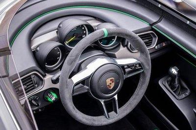 """Ngắm """"siêu phẩm"""" Porsche Boxster Berspyder sản xuất với số lượng cực ít a4"""