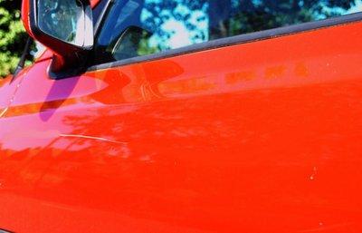 Xe bị trầy xước nhẹ sẽ có thể xử lý vết xước ngay tại nhà.