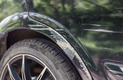 Nhiều chủ xe lo lắng khi xế cưng bị trầy xước.