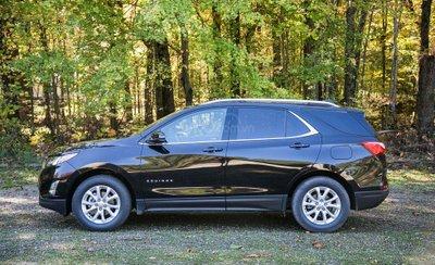 Chevrolet Equinox 2019 thân xe