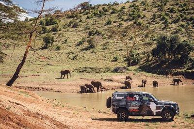 Land Rover Defender 2020 tham gia chương trình thử nghiệm tại Lãnh địa Sư tử Kenya a18