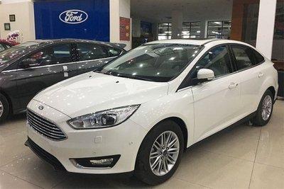 Những mẫu ô tô giảm giá nhiều nhất tháng 8/2019 a5