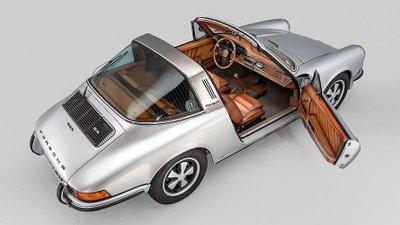 Porsche 911 Targa gây ấn tượng với khoang nội thất độ da thủ công của Berluti a12