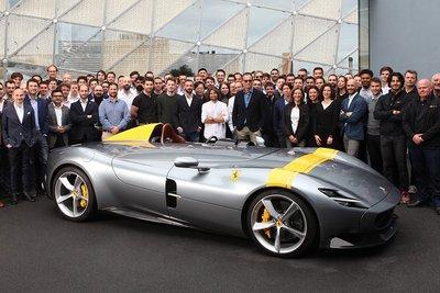 Ferrari Monza SP1 hét giá 42 tỷ đồng vẫn không có xe để bán a8