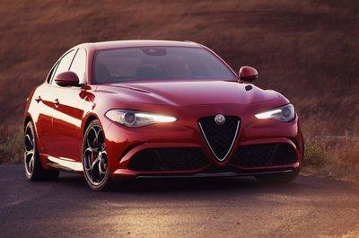 10 xe hơi đẹp nhất thế giới hiện nay: Alfa Romeo Giulia Quadrifoglio.