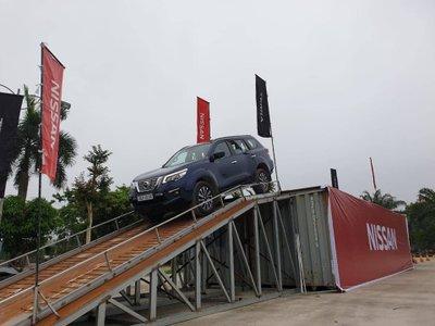 Ảnh Nissan Terra 2019 tại Việt Nam a3