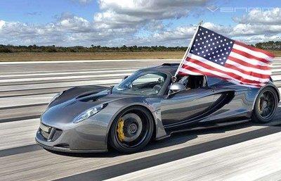 Hennessey Venom GT là một trong những siêu xe tốc độ mà người Mỹ tự hào.