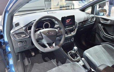 Nội thất của Ford Fiesta ST.