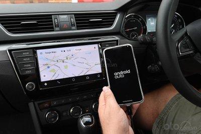 Android Auto ra mắt thị trường từ năm 2015/