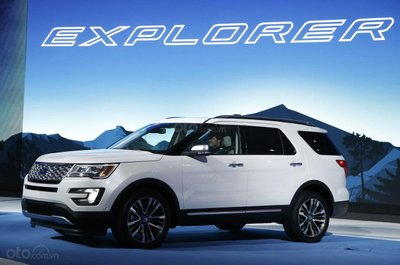 Ford Explorer triệu hồi triệu xe do lỗi hệ thống treo