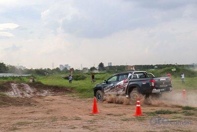 trải nghiệm cùng đội đua RACING và tay đua Masuoka 7.