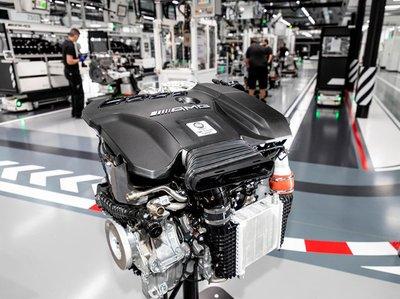 Mercedes-AMG chế tạo thành công động cơ 2.0L mạnh mẽ nhất thế giới a1