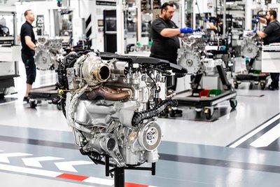 Mercedes-AMG chế tạo thành công động cơ 2.0L mạnh mẽ nhất thế giới a3