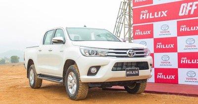 Thông số kỹ thuật xe Toyota Hilux 2019 tại Việt Nam 1a