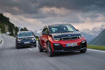 BMW i3 plug-in hybrid.