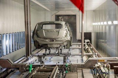 Xưởng hàn của nhà máy ô tô VinFast 2.
