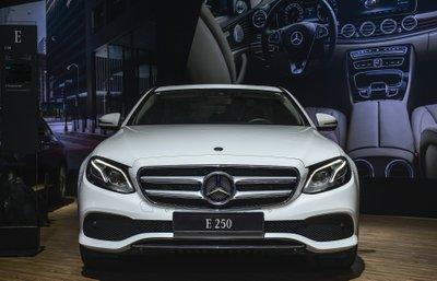 Thông số kỹ thuật xe Mercedes E250 2019 a1