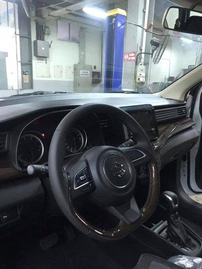 Cận cảnh Suzuki Ertiga 2019 tại đại lý, ngày ra mắt Việt Nam gần kề - Ảnh 9.