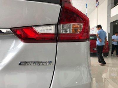 Cận cảnh Suzuki Ertiga 2019 tại đại lý, ngày ra mắt Việt Nam gần kề - Ảnh 6.
