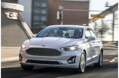 Ford Fusion 2019.